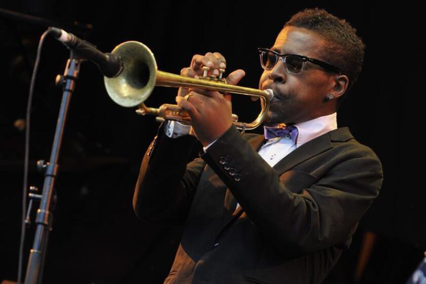 En la imagen, el trompetista de jazz estadounidense Roy Hargrove, dos veces ganador del premio Grammy. EFE/Archivo