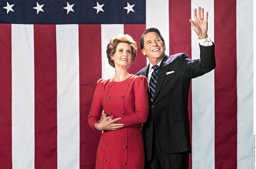 Durante la filmación de la película Killing Reagan, que se centra en el intento de asesinato que sufrió el entonces Presidente estadounidense, el equipo de producción manifestó que esta es una excelente Época para mostrar la historia, debido a las similitudes en la personalidad de Ronald Reagan con el candidato actual del partido republicano, Donald Trump.