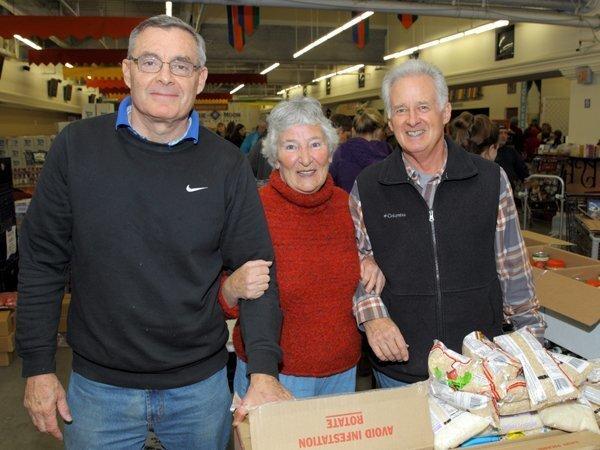 Dan Riesenberg, Betsy Jones, Robert Sonnhalter
