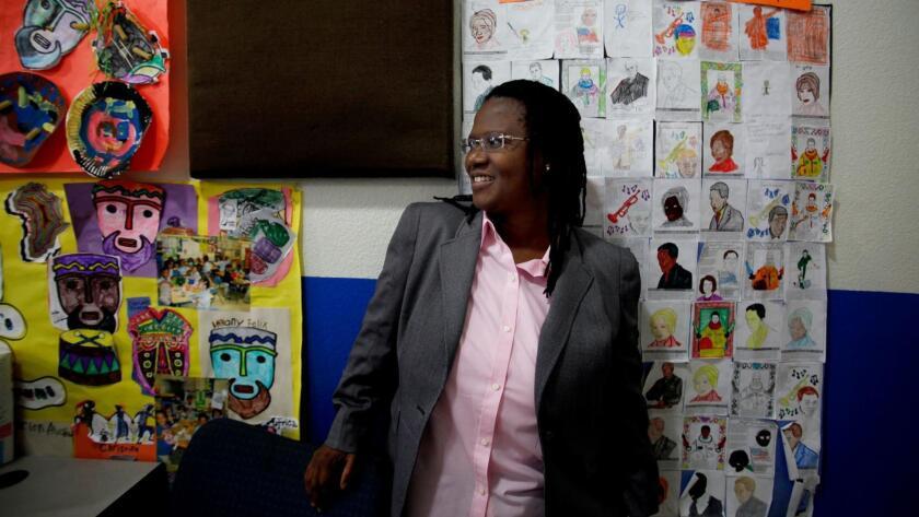 Mientras los defensores presionan para aumentar el número de escuelas charter en Los Ángeles, la historia de Celerity es un ejemplo de las dificultades para regularlas. Francine Orr / Los Angeles Times