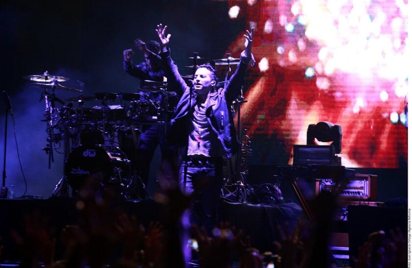 Gil Cerezo, cantante del grupo de electro rock Kinky, habló sobre la participación que tendrá en el gran concierto de homenaje a Juan Gabriel.