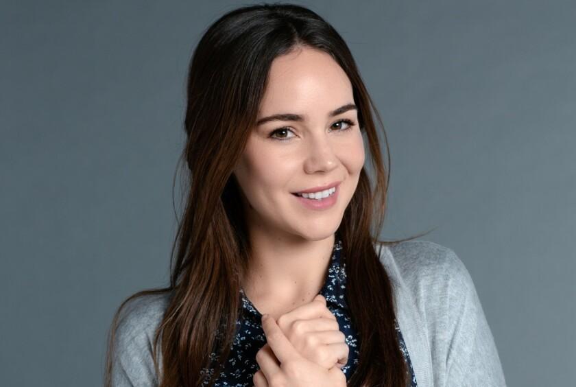 """Camila Sodi interpreta a Isabel, protagonista de """"Falsa Identidad"""""""