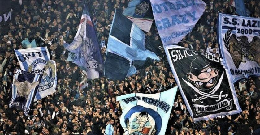 La discriminación de fanáticos del Lazio ha sido un problema persistente en temporadas recientes.