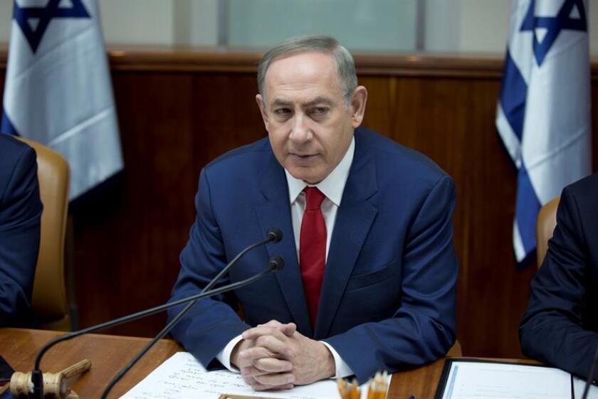 El primer ministro israelí, Benjamin Netanyahu, preside ayer el gabinete de Gobierno en Jerusalén, Israel. EFE