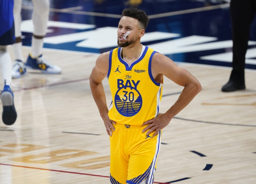 Stephen Curry on court