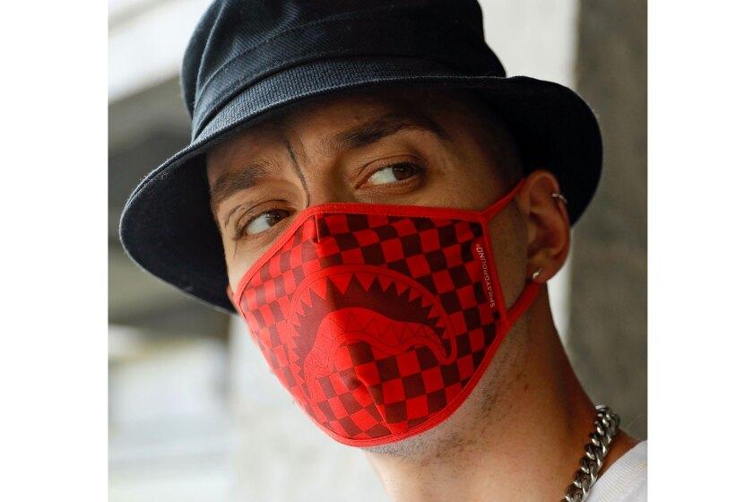 Sprayground mask.