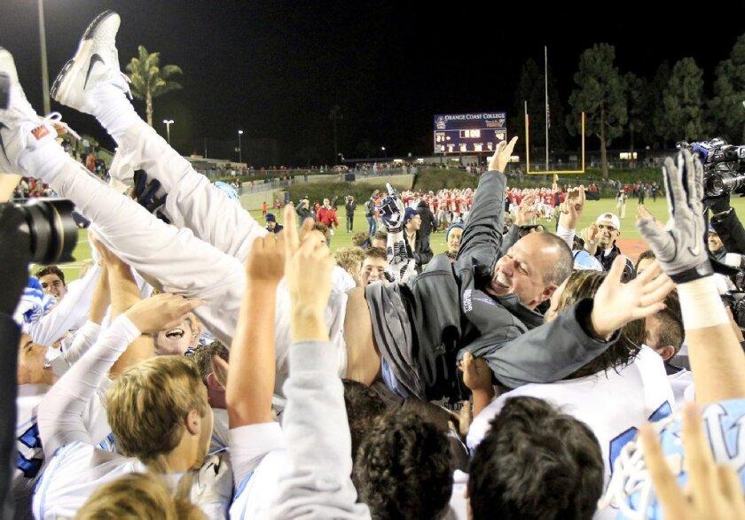 High School Football: CdM, Newport Harbor set to move into