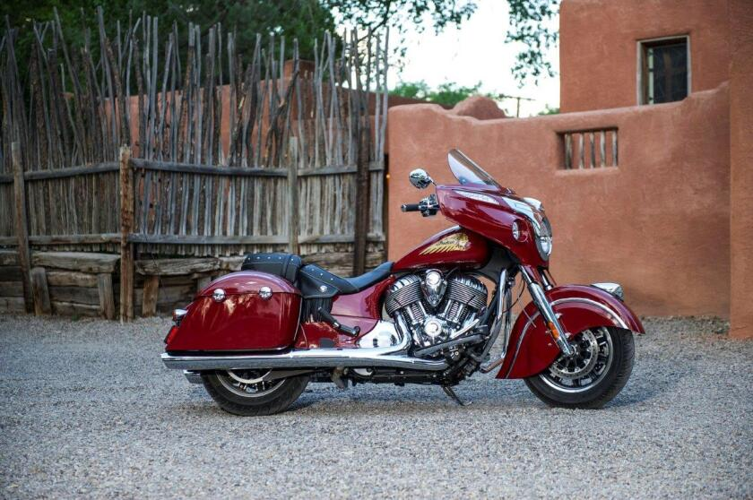 Stylistically, the Dark Horse shares many elements with the Indian Chieftai