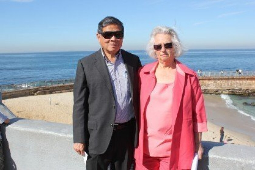 Larry and Sara Wan of the Western Alliance for Nature (WAN) Conservancy at La Jolla Children's Pool. File