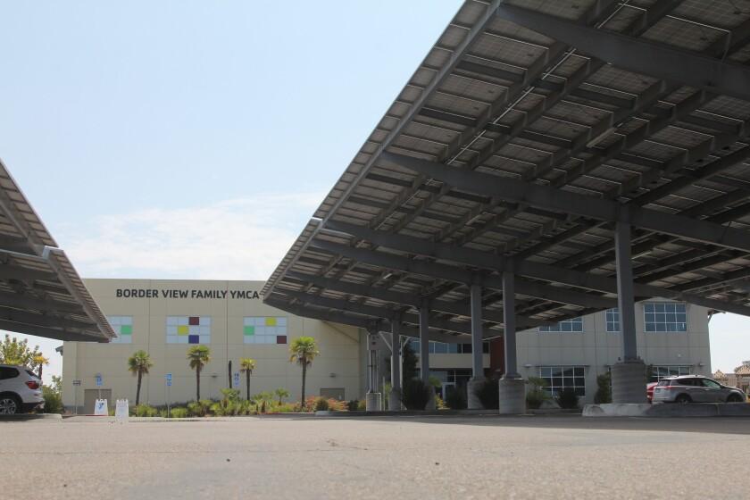 El Border View Family YMCA cerró en marzo de 2020 a causa de la pandemia y aún no ha vuelto a abrir.