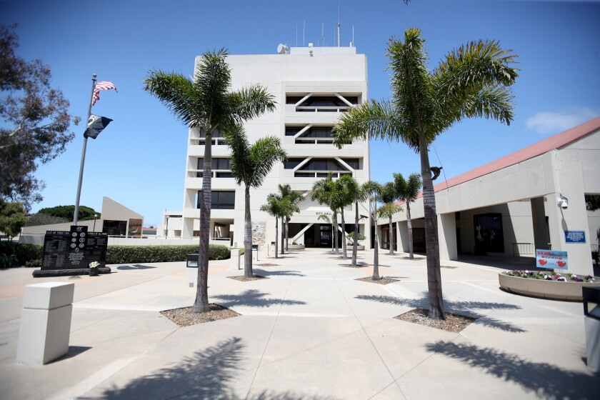 Huntington Beach City Council voted to extend a deadline for delisting unpermitted short-term rentals through end of year.