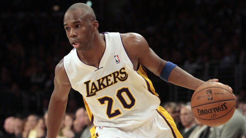 Free-agent guard Jodie Meeks, who played the last two seasons with the Lakers, has reached a three-year, $19.5-million deal with the Detroit Pistons.