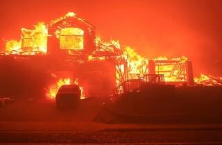 5 maneras de ayudar a los afectados por los incendios en California