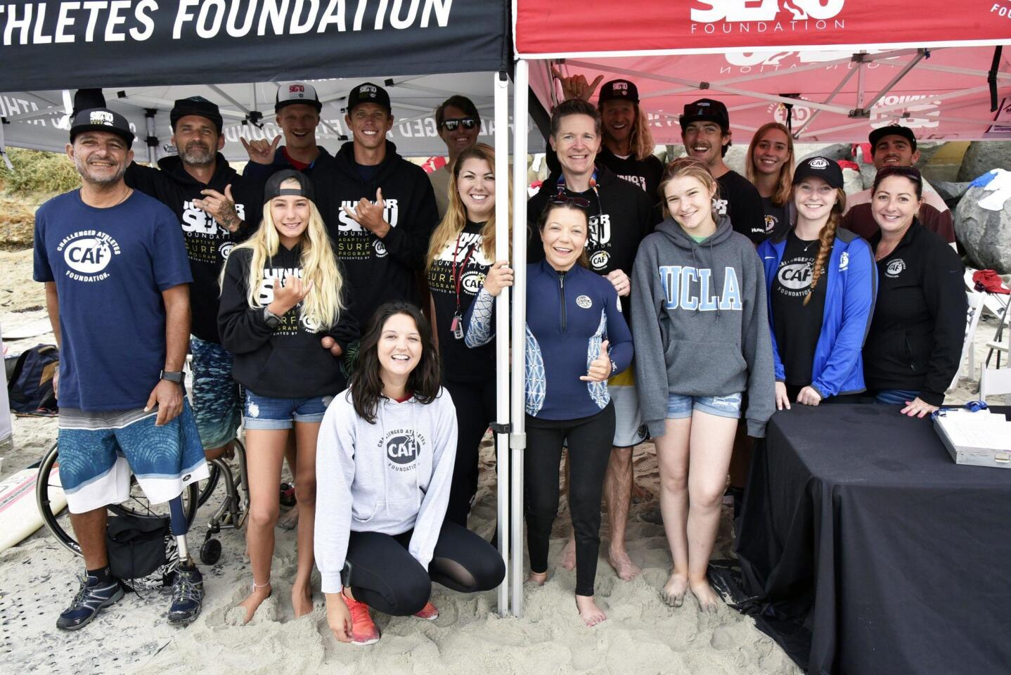 The Challenged Athletes Foundation surfers and volunteers (www.challengedathletes.org)