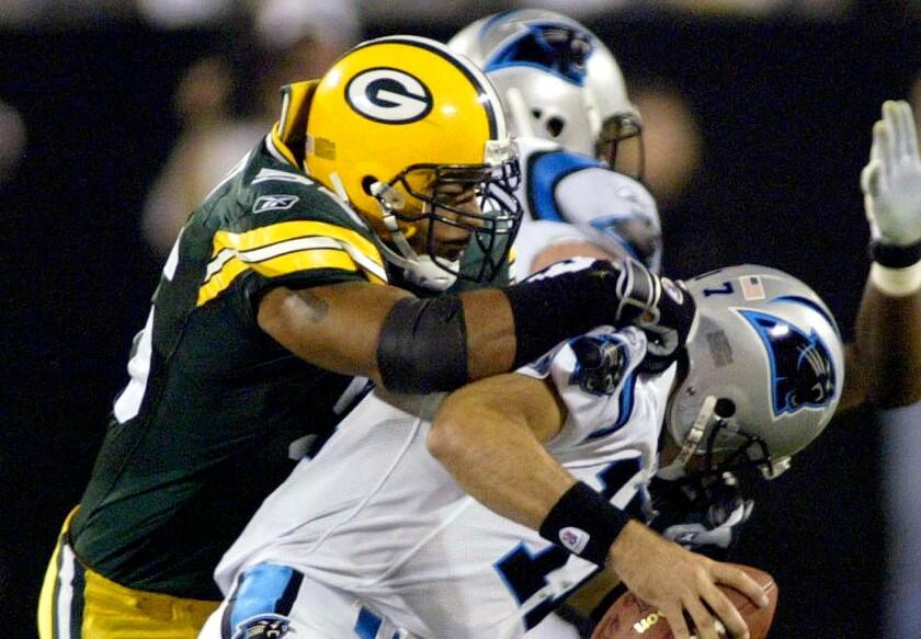 Former Green Bay Packers linebacker Nick Barnett paid $1.9 million for a hilltop estate in Carlsbad.