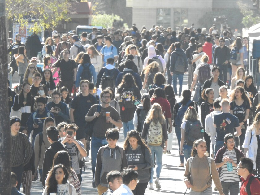 UC San Diego might switch to semester system to ease stress on
