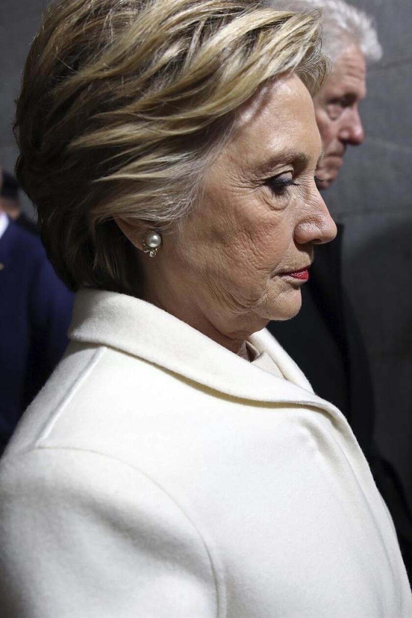 La excandidata demócrata a la Presidencia Hillary Clinton llega al Capitolio. EFE/Archivo