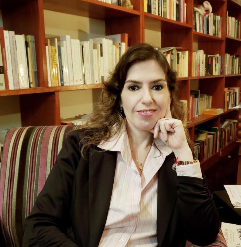 La sexóloga María Murgia posa en una entrevista con EFE. La también psicóloga y sexoterapeuta explicó que existen diversos factores relacionados con el orgasmo. EFE/CORTESÍA DOCTORA MARÍA MURGIA/SOLO USO EDITORIAL