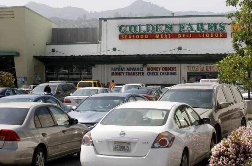 Golden Farms market may fill Ralphs site
