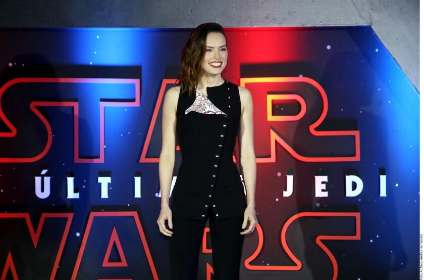 The Last Jedi rompe la barrera de los mil millones en la taquilla