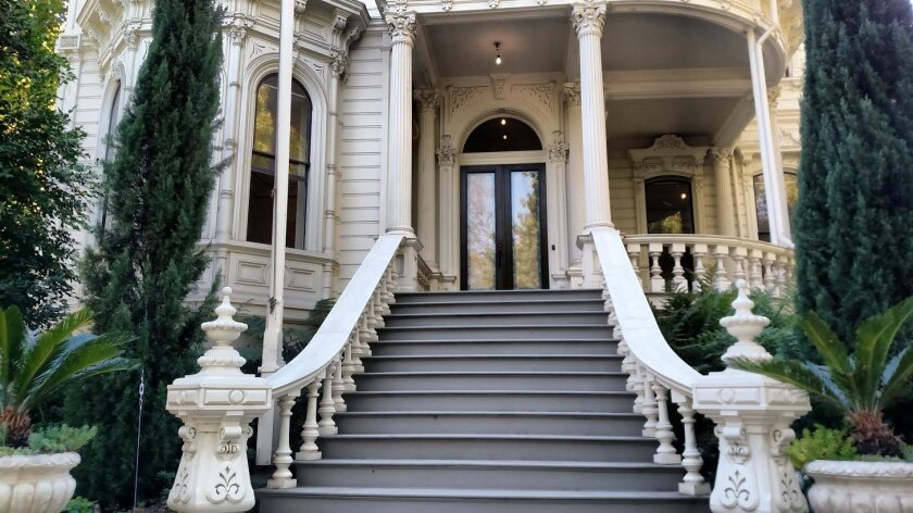 The front of the old governor's mansion in Sacramento.