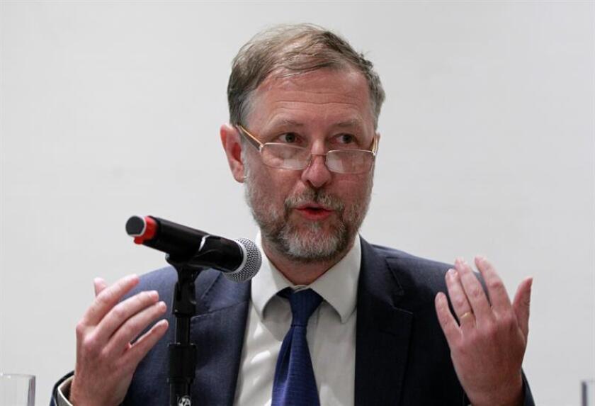 El Alto Comisionado de las Naciones Unidas para los Derechos Humanos, Jan Jarab, habla durante una conferencia de prensa. EFE/Archivo