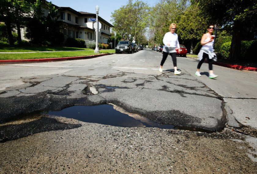 Rep  Hahn cites 'appalling' Southern California road