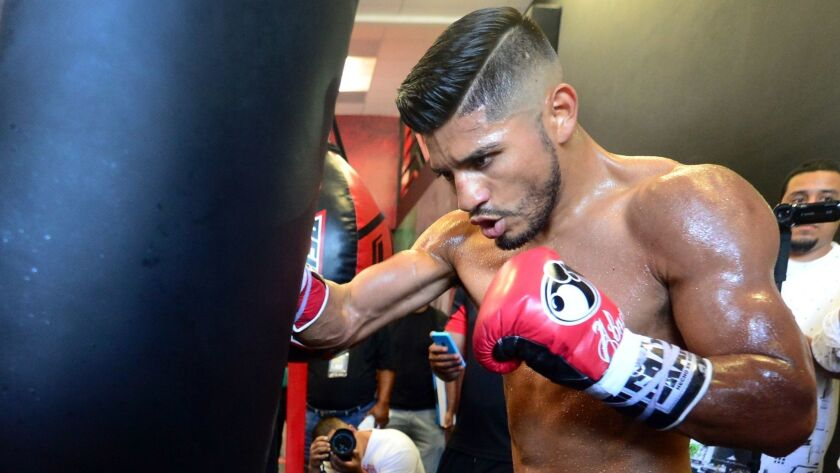 Abner Mares works out in 2015 in Bell Gardens.