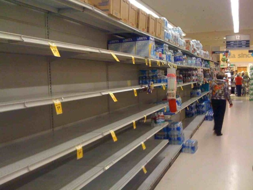 Vons water aisle was still sparsley stocked on Friday afternoon. Photo: Chuck Buck