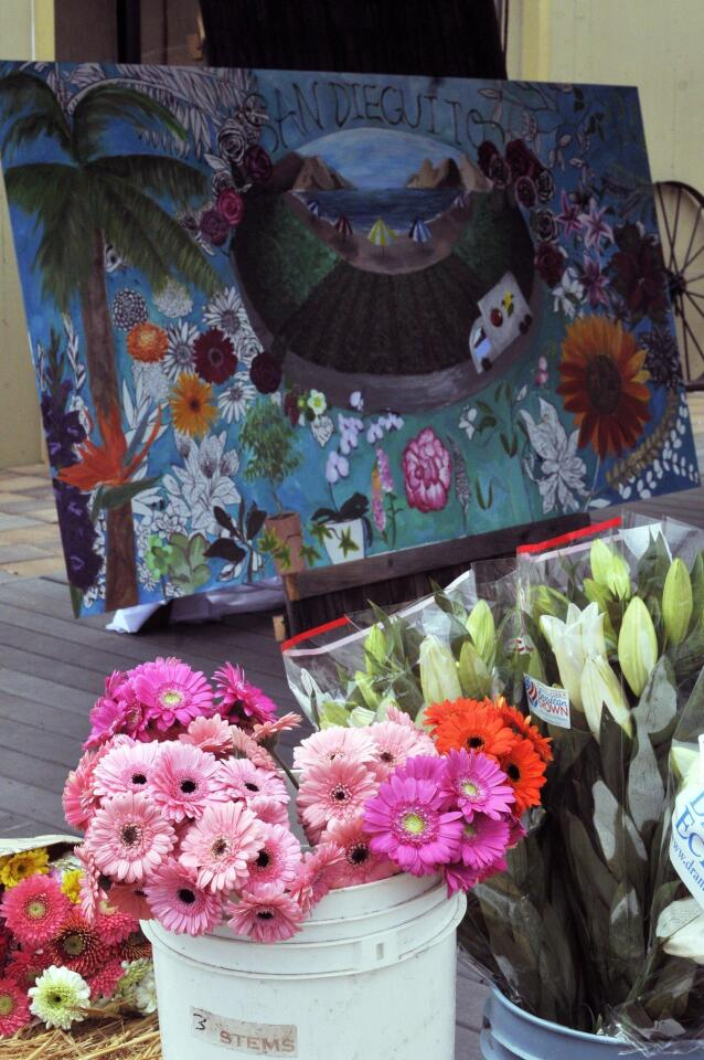 he San Dieguito Heritage Museum flower board created by Torrey Pines Art dept. student artists