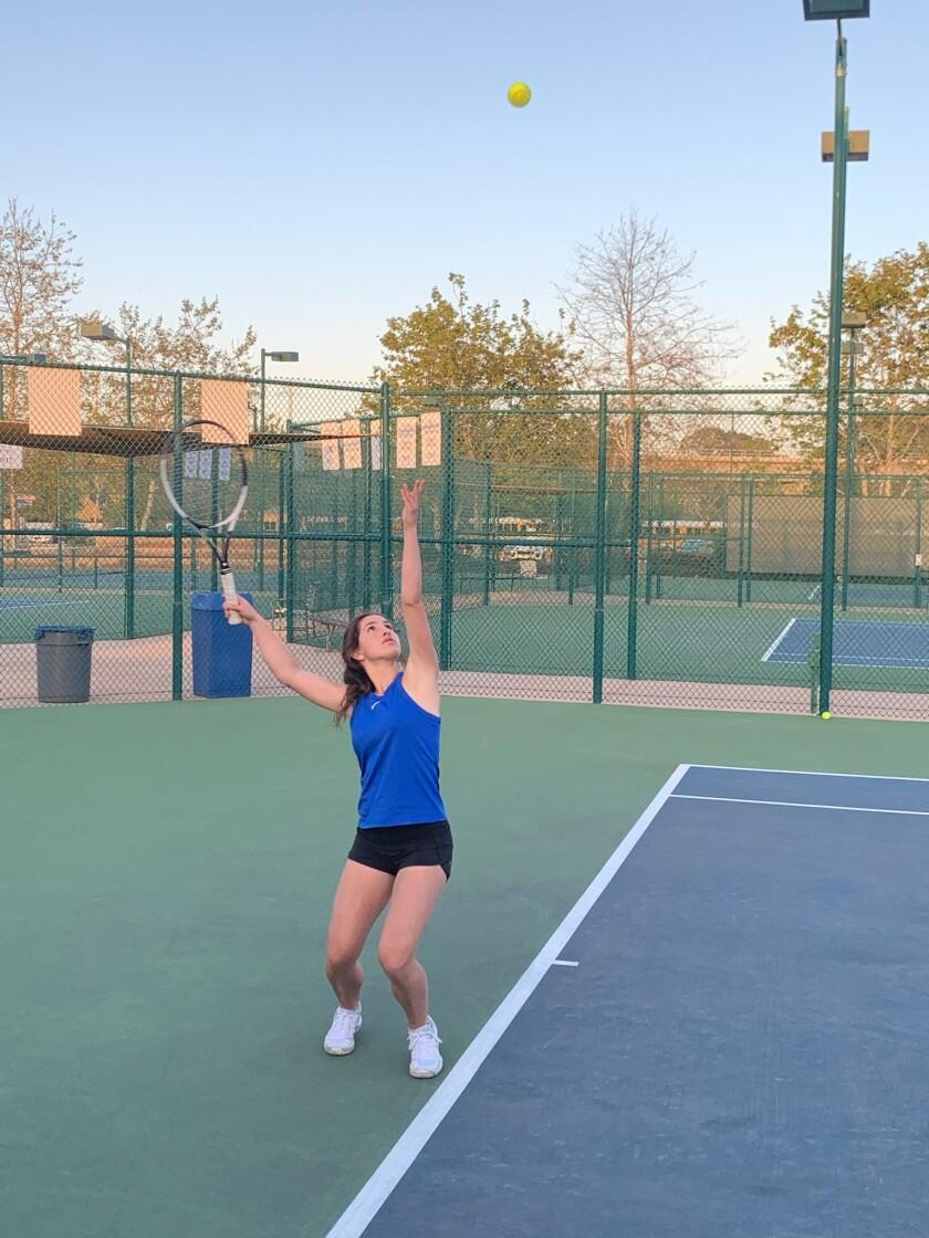 La Jolla Country Day School tennis player Sydney Helfand