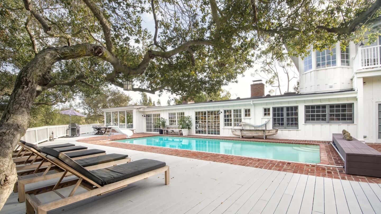 Hot Property | Sally Field & Olivia Newton-John