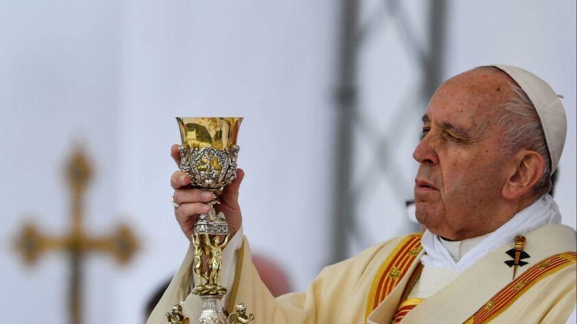 NMACEDONIA-VATICAN-RELIGION-CHRISTIANITY-POPE-DIPLOMACY