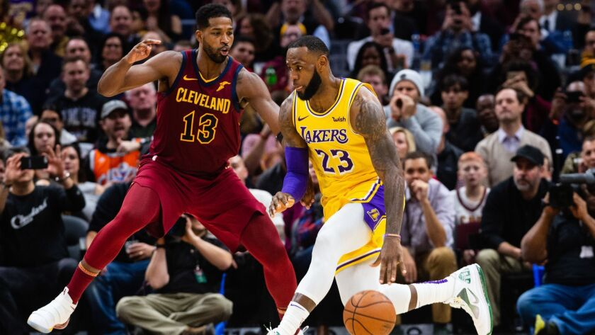 Lakers Vs Cleveland 2018 >> Column Lebron James Will Need More Help Than He Got In
