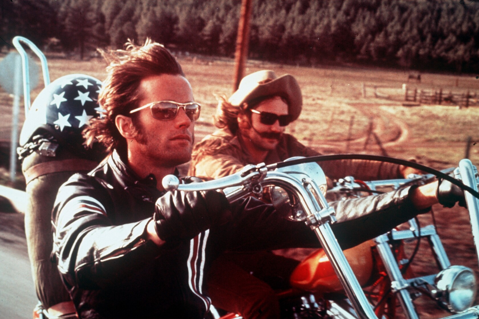 39 easy rider 39 star peter fonda a counterculture icon dead at 79 los angeles times. Black Bedroom Furniture Sets. Home Design Ideas