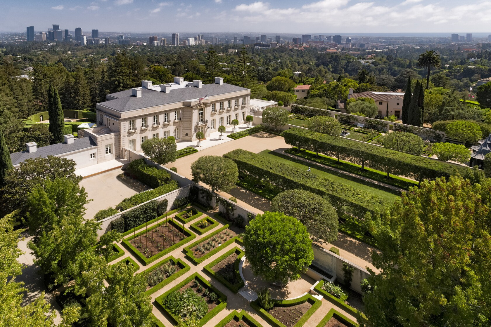 Hot Property: Chartwell sets California's new price record at about $150 million