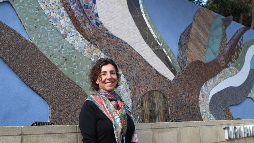 "Helen Segal with her ""Tree of Life"" holocaust memorial at Beth El in La Jolla."