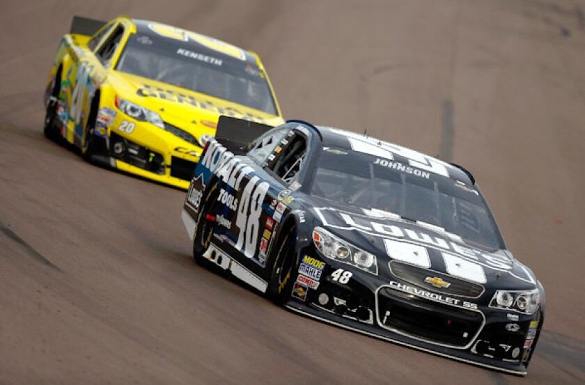 Jimmie Johnson nears NASCAR title as Kevin Harvick wins AdvoCare 500