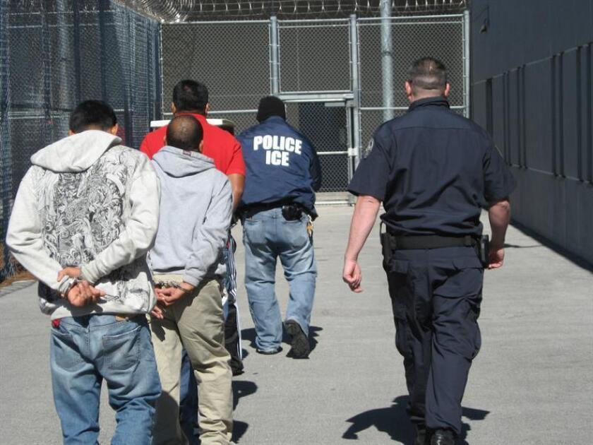 """La nueva sheriff del condado de Travis (Texas), la demócrata Sally Hernández, aseguró que el término """"ciudad santuario"""" es usado por los republicanos para incitar al miedo y al odio hacia los inmigrantes indocumentados. EFE/SÓLO USO EDITORIAL/NO VENTAS"""