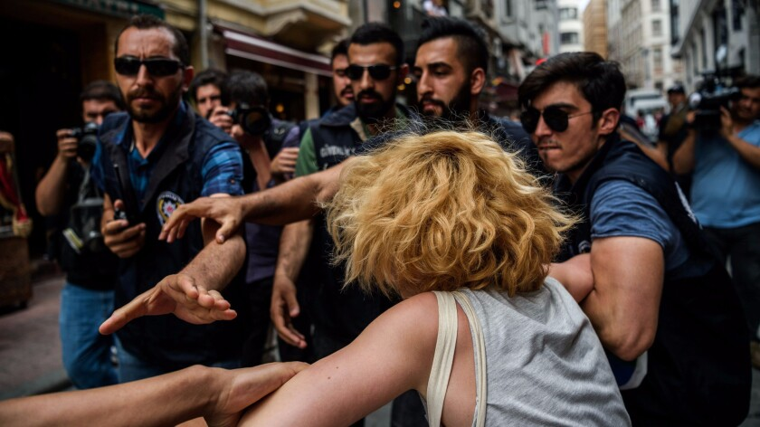 Istanbul gay pride