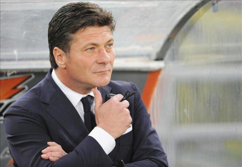 El entrenador del Nápoles, Walter Mazzarri, que acaba de fichar por el Inter de Milán. EFE/Archivo
