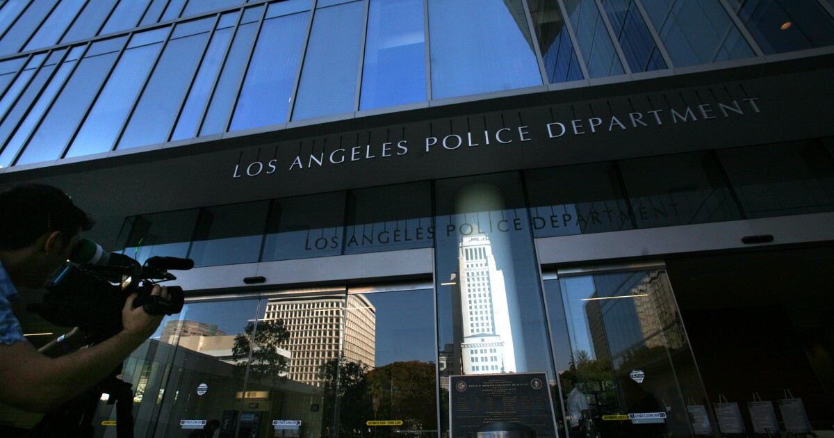 www.latimes.com: LAPD detains, cites two videographers after declaring downtown protest unlawful