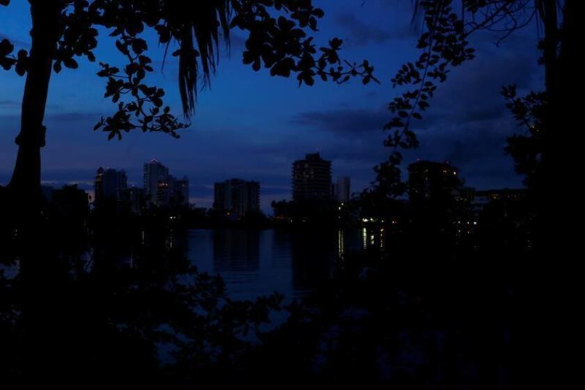 Ingeniosos los puertorriqueños para celebrar Día Acción de Gracias sin luz