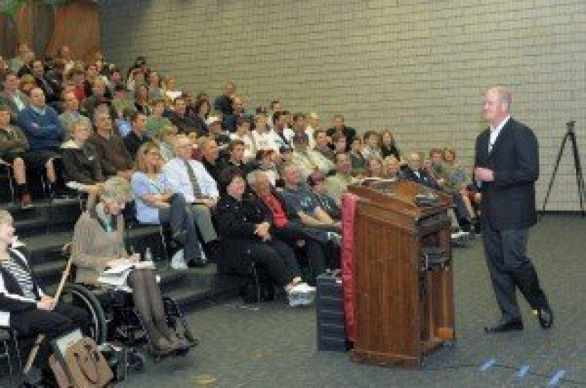 Baseball great Jim Abbot speaks at Torrey Pines High School. Photo/Jon Clark