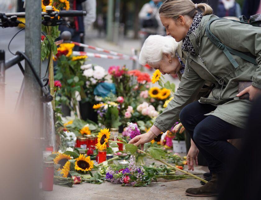 Four pedestrians killed in Berlin