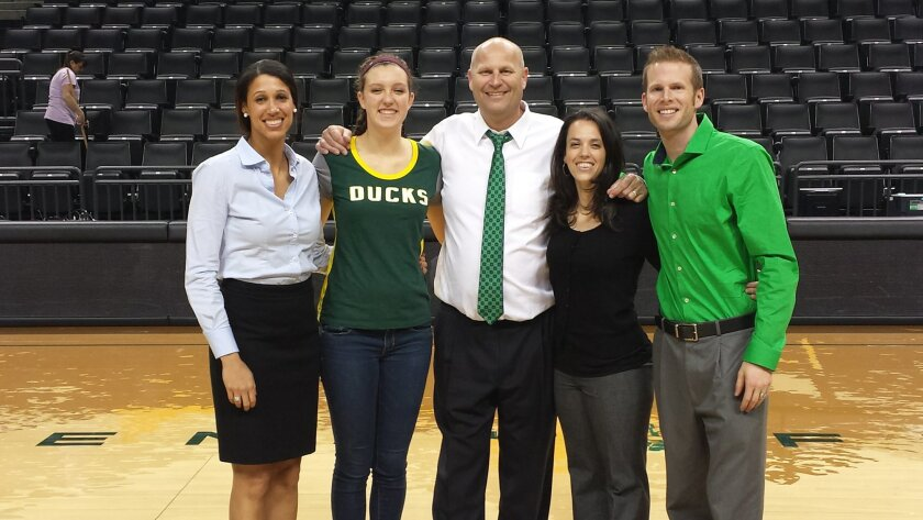 Sierra Campisano with the University of Oregon coaching staff (l-r): Nicole Powell, Sierra Campisano, Head Coach Kelly Graves, Jodie Berry, and Mark Campbell).