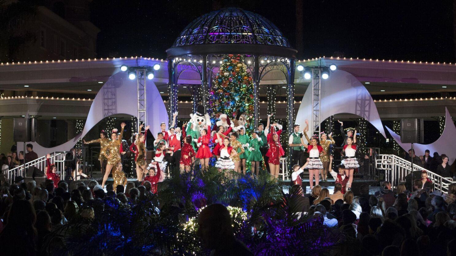 Brea Christmas Lights.Ebook Descargar Column Tree Lighting Benefits Orange County