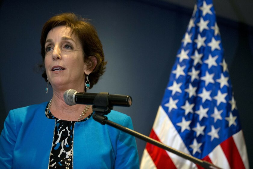 Roberta Jacobson, the newly appointed U.S. ambassador to Mexico, makes a brief statement to the press as she arrives at Benito Juarez International Airport in Mexico City, Thursday, May 26, 2016. (AP Photo/Rebecca Blackwell)