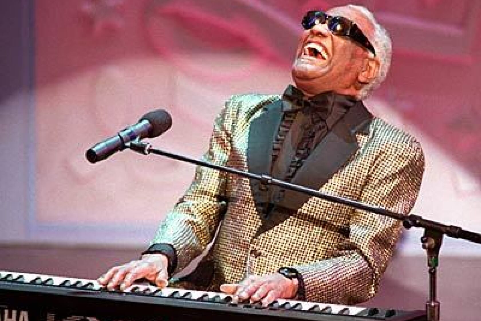 Legendary blues singer Ray Charles dead at 73