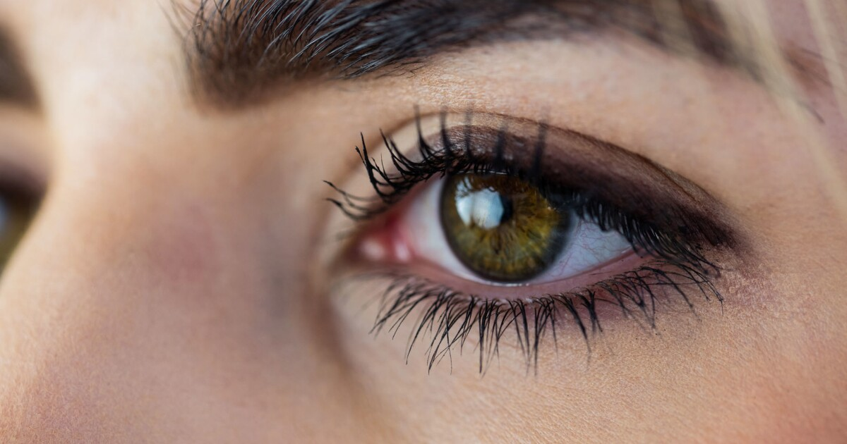 What To Wear Enhance Your Eye Color